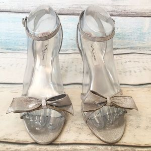Nina New York Metallic Silver Bow Fancy Heels